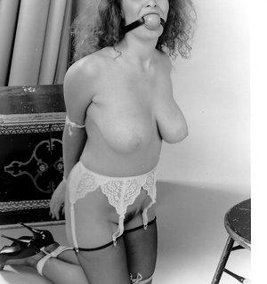 Big boobs, big hair bondage babe! 1970s fetish A Little Old School Porn