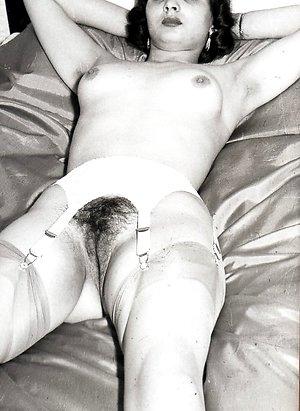 monique vintage erotica 1950s solos