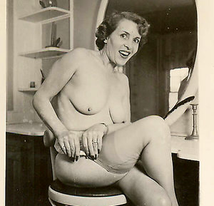 Nude matures danni vintage erotica photos
