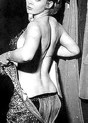 pinup nude sex dancer Candy Barr showing her fine body