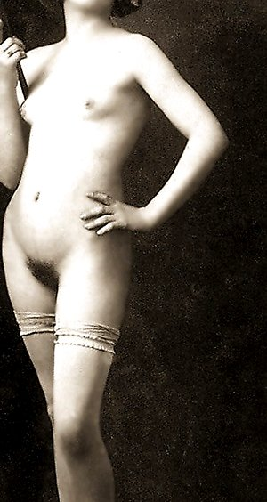 Several hairy vintage wifes showing their bodies spaceandmotion.com