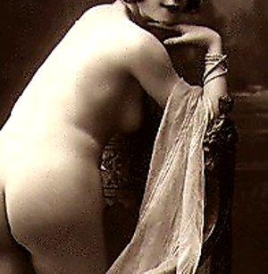 Several twenties babes showing their nude bodies nudevintageporn.com