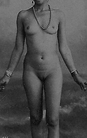 vintage lesbian porn Naughty vintage ladies posing nude in the garden