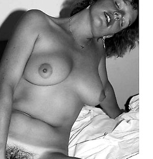 vintage porn movie Tanned lady demonstrating naked body