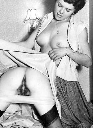 vintage porn tubeBritish 1960s girls with girls
